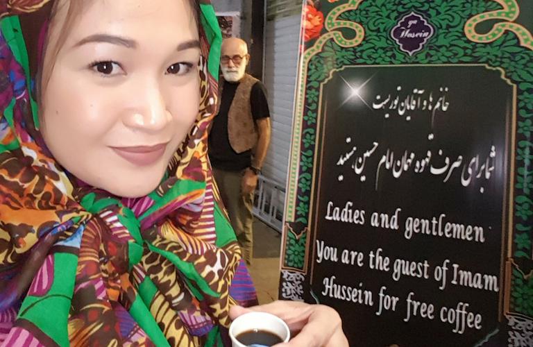 Getting free amazing coffee at the Haj Ali Darvish Tea House
